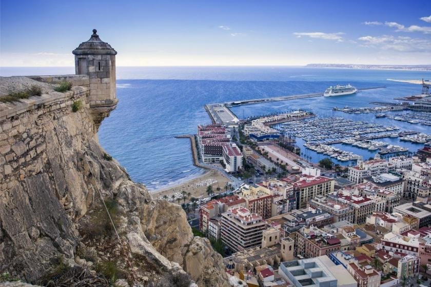 AlicanteMedvilla Spanje