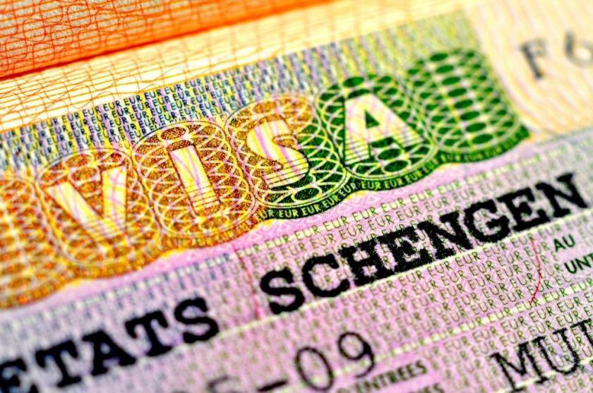 Golden Visa in Spain - Spanish residence permit programme or Golden visa in Medvilla Spanje