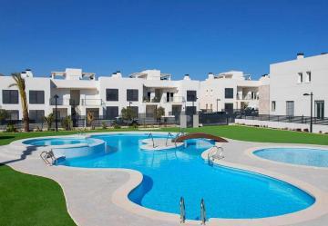 Breezes - Torrevieja (Costa Blanca South) - Medvilla Spanje
