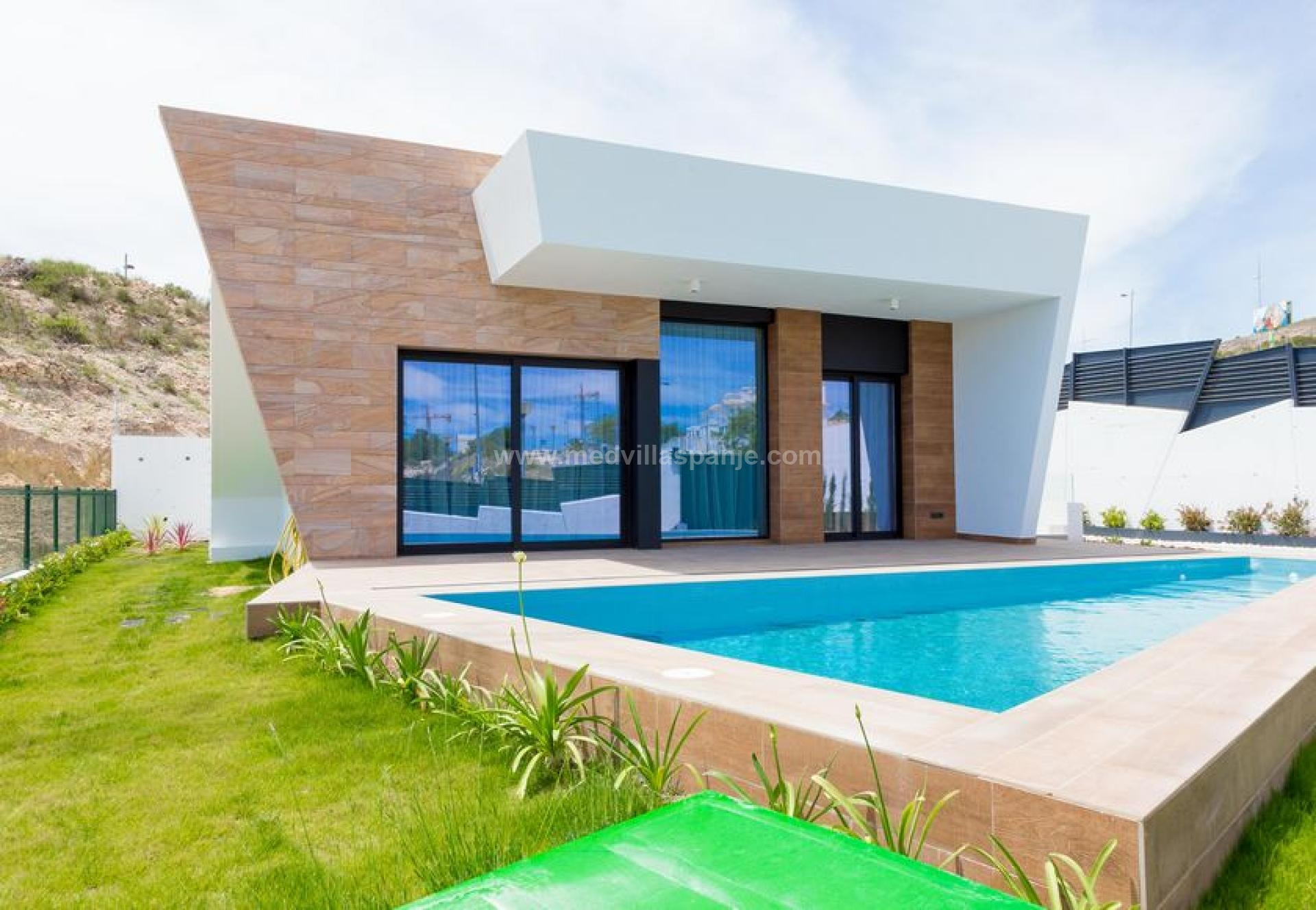 3 bedroom Villa in Finestrat - New build in Medvilla Spanje