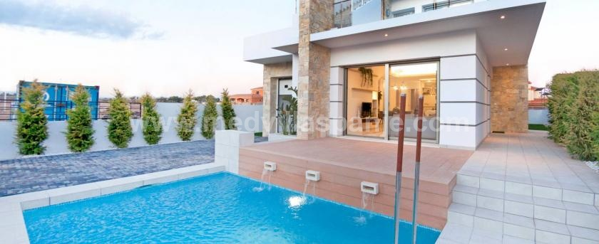 Modern villa In Los Alcazares Costa Calida, Spain in Medvilla Spanje