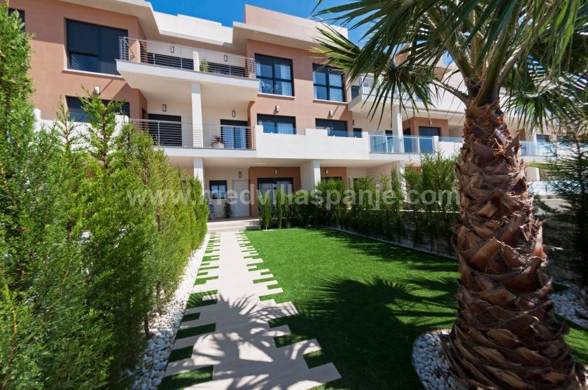 Apartment 10 minutes from La Zenia beach, Orihuela Costa in Medvilla Spanje