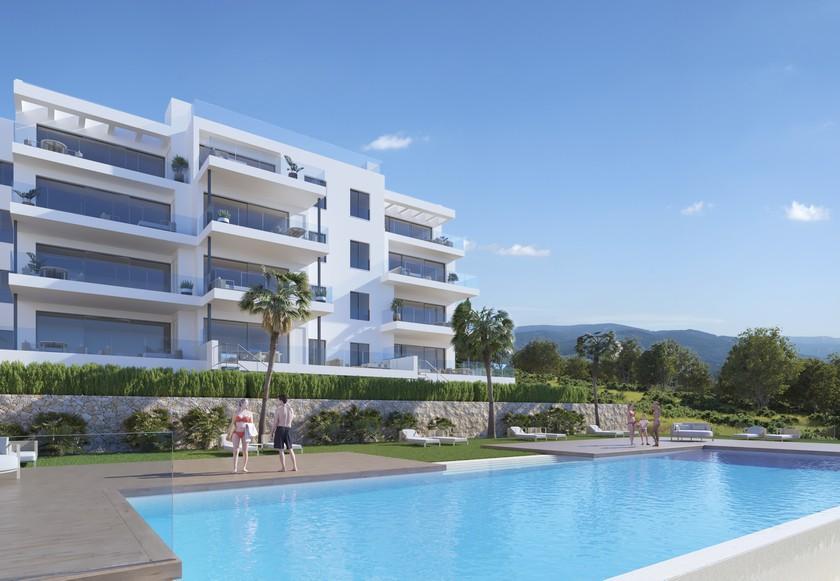 2 Bedroom Apartment With Garden In Campoamor in Medvilla Spanje
