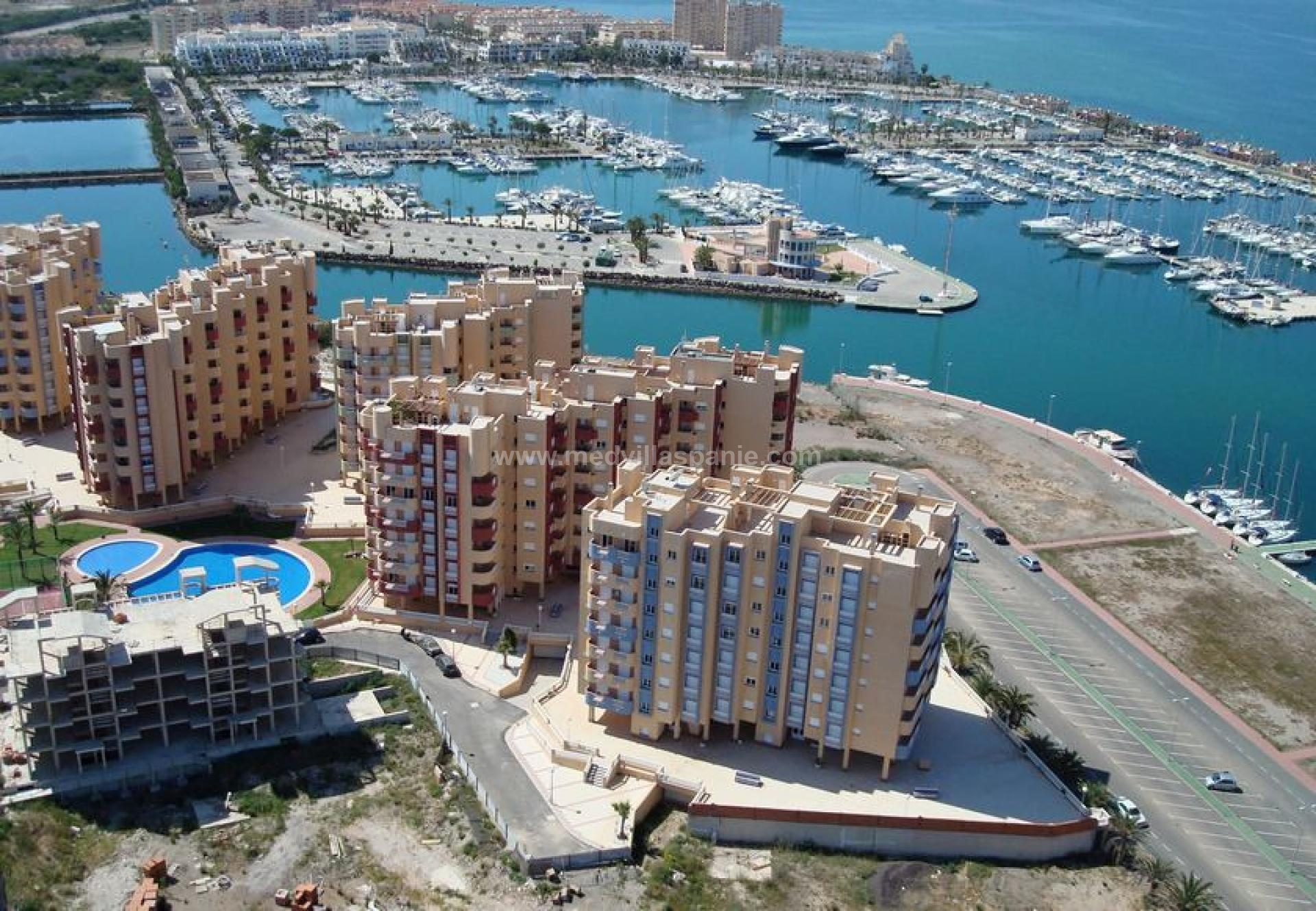 Apartments with sea view, La Manga del Mar Menor in Medvilla Spanje