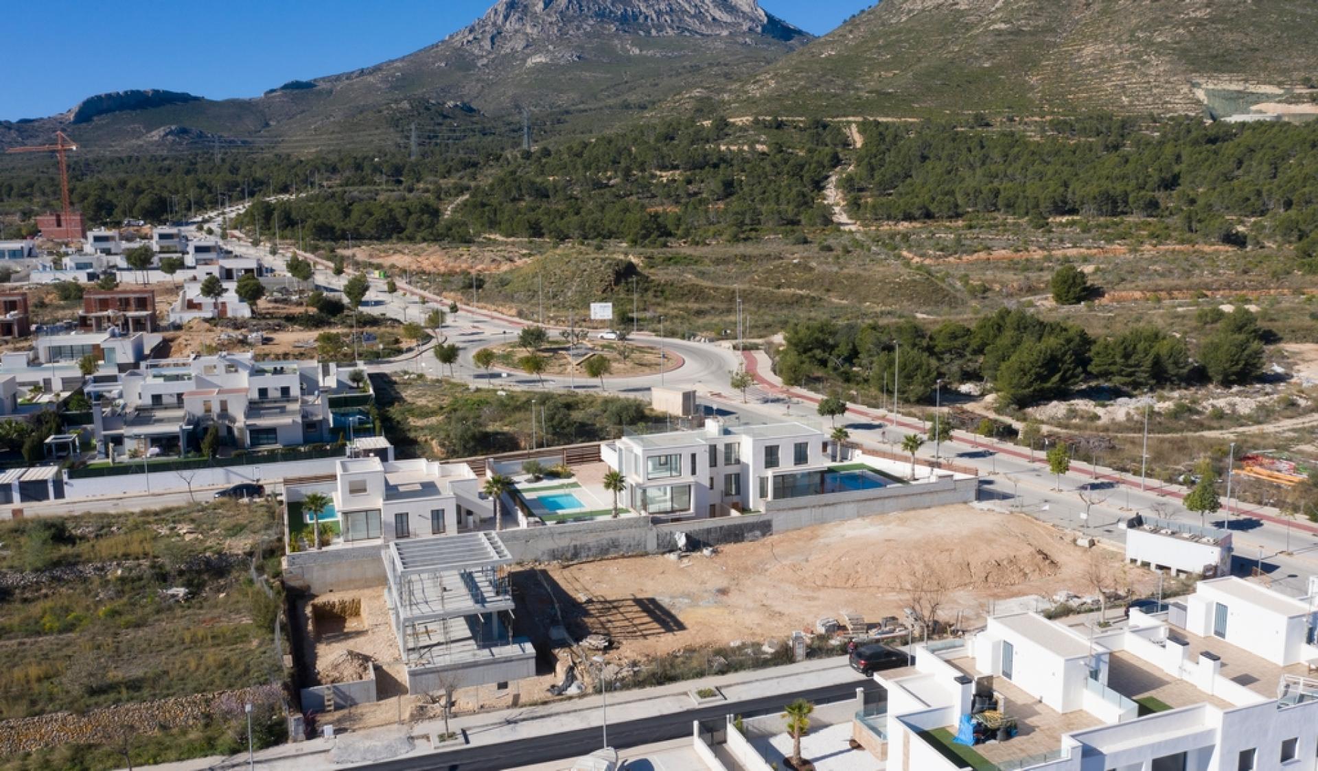 Building plot in Polop, Costa Blanca north in Medvilla Spanje