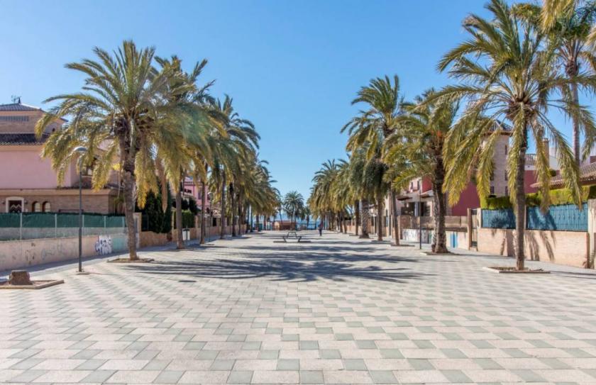 Los AlcazaresMedvilla Spanje