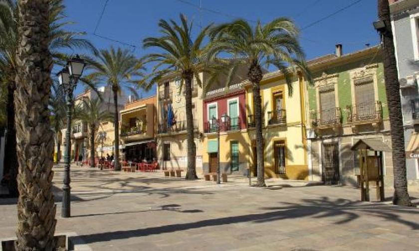 Hondon de las NievesMedvilla Spanje