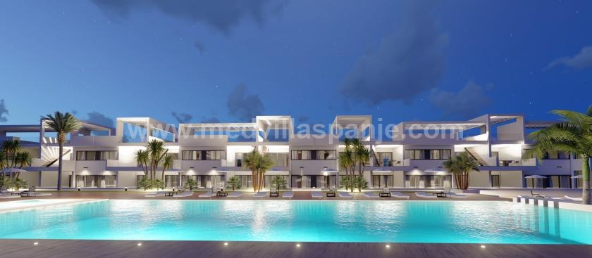 Apartments with sea view for sale in Finestrat in Medvilla Spanje