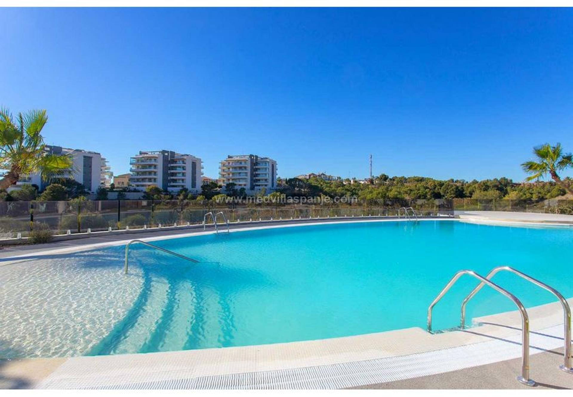 2 bedroom Penthouse in La Zenia - New build in Medvilla Spanje