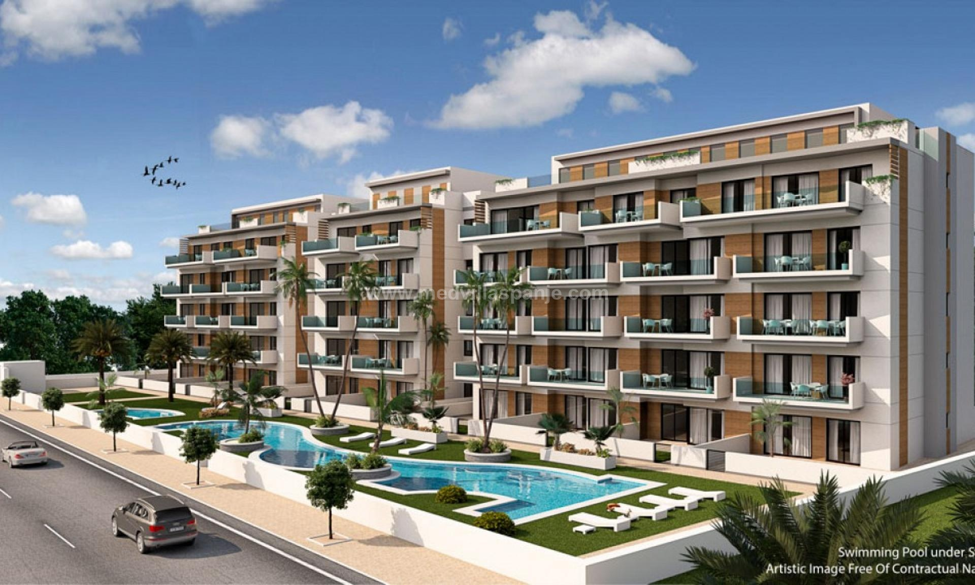 Apartments on the beach in Guardamar del Segura in Medvilla Spanje