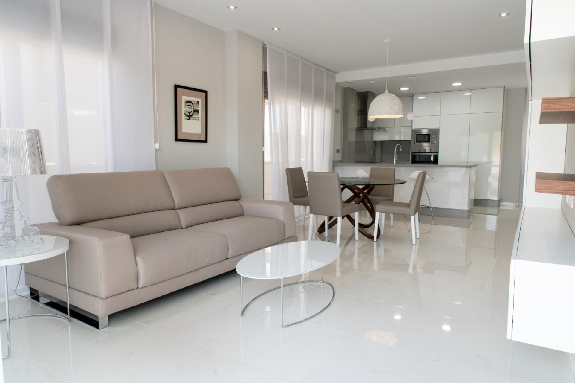 Villa with 3 bedrooms and private pool in Villamartin in Medvilla Spanje