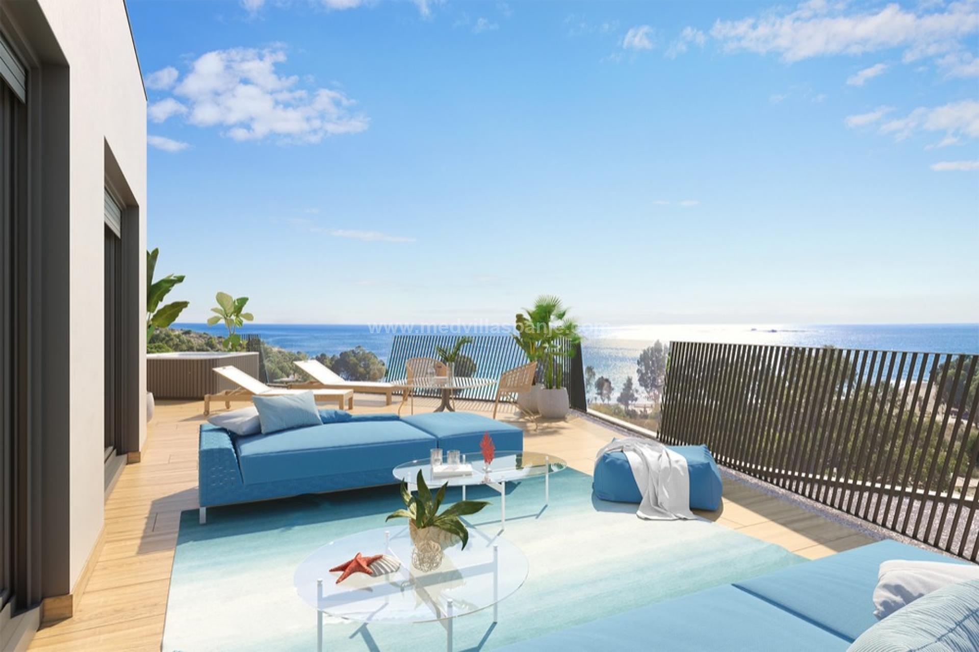 Penthouse with seaview in Villajoyosa, Costa Blanca North in Medvilla Spanje