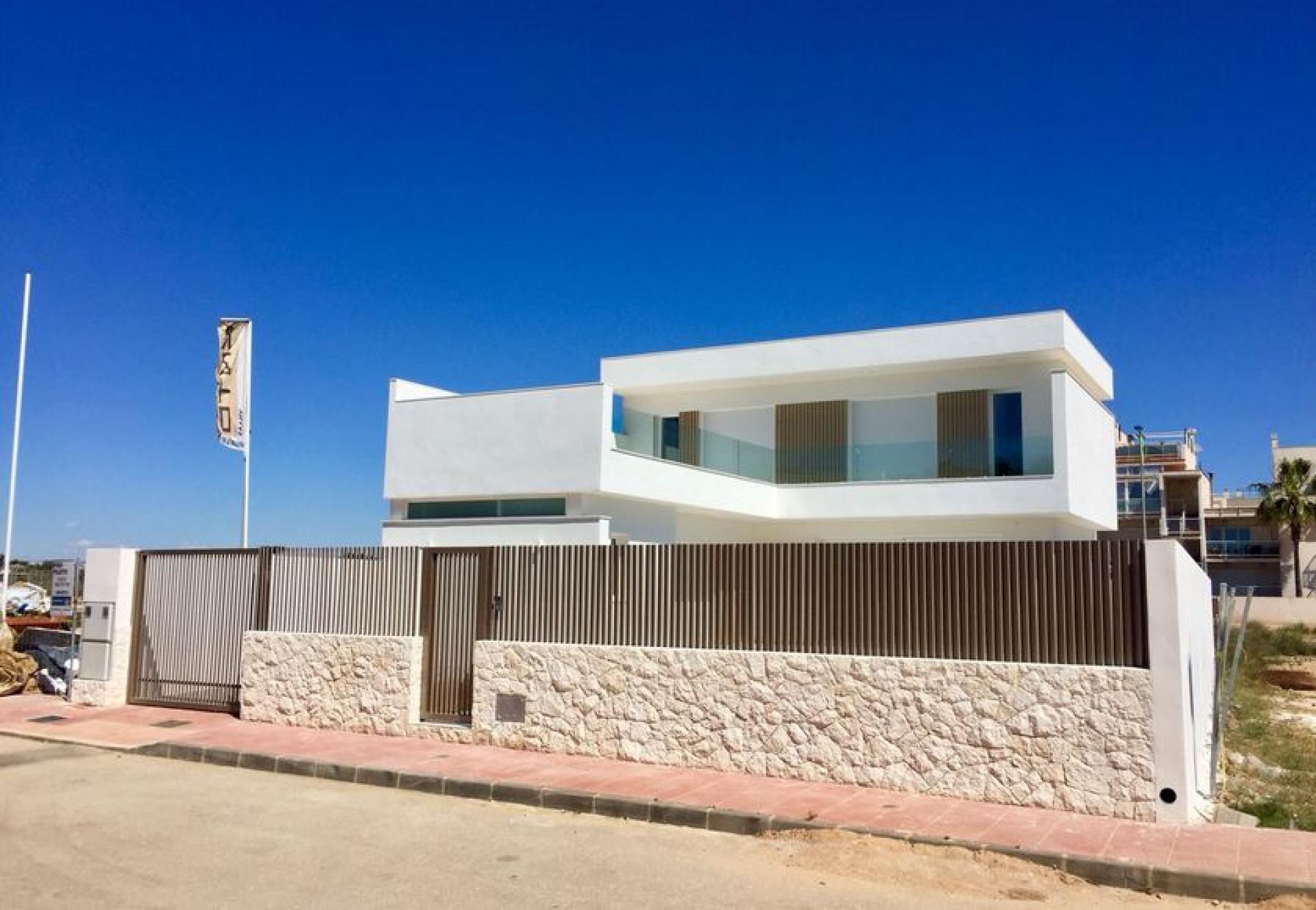 Villas for sale in Santiago de la Ribera on the Mar Menor in Medvilla Spanje