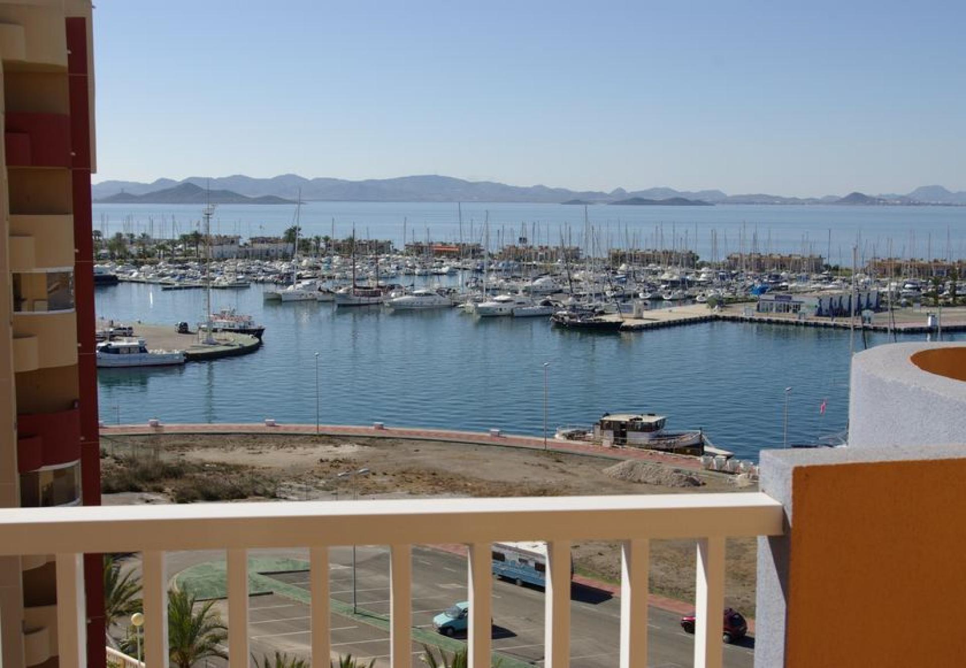Apartments with sea view, La Manga del Mar Menor in Medvilla Spanje